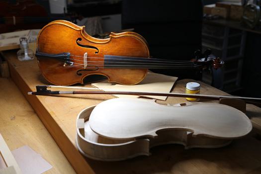 弦楽器専門の神奈川工房・弦楽器工房フミズヴァイオリンショップ
